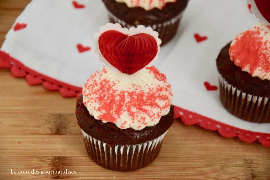 Des Cupcakes Au Chocolat Pour La Saint Valentin Le Coin Des